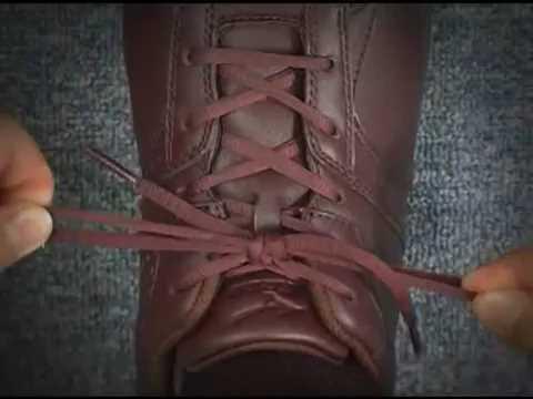 ほどけにくいスニーカーの靴紐の結び方